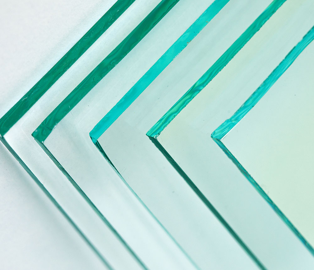 Übereinander gestapelte Glasscheiben